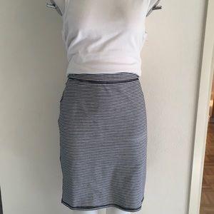 OLD NAVY Black & White Striped Knit Pencil Skirt L